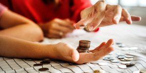 Sådan sparer du penge på en sund og stilfuld måde