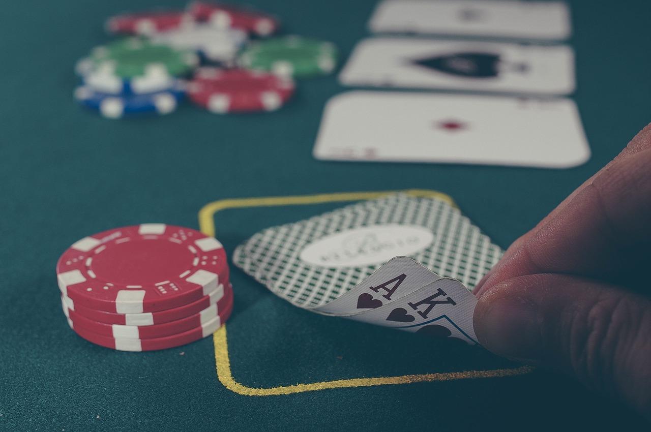 Pep sommerferien op med spændende casino spil online