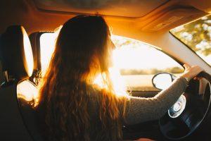 Har dit barn lige fået kørekort?