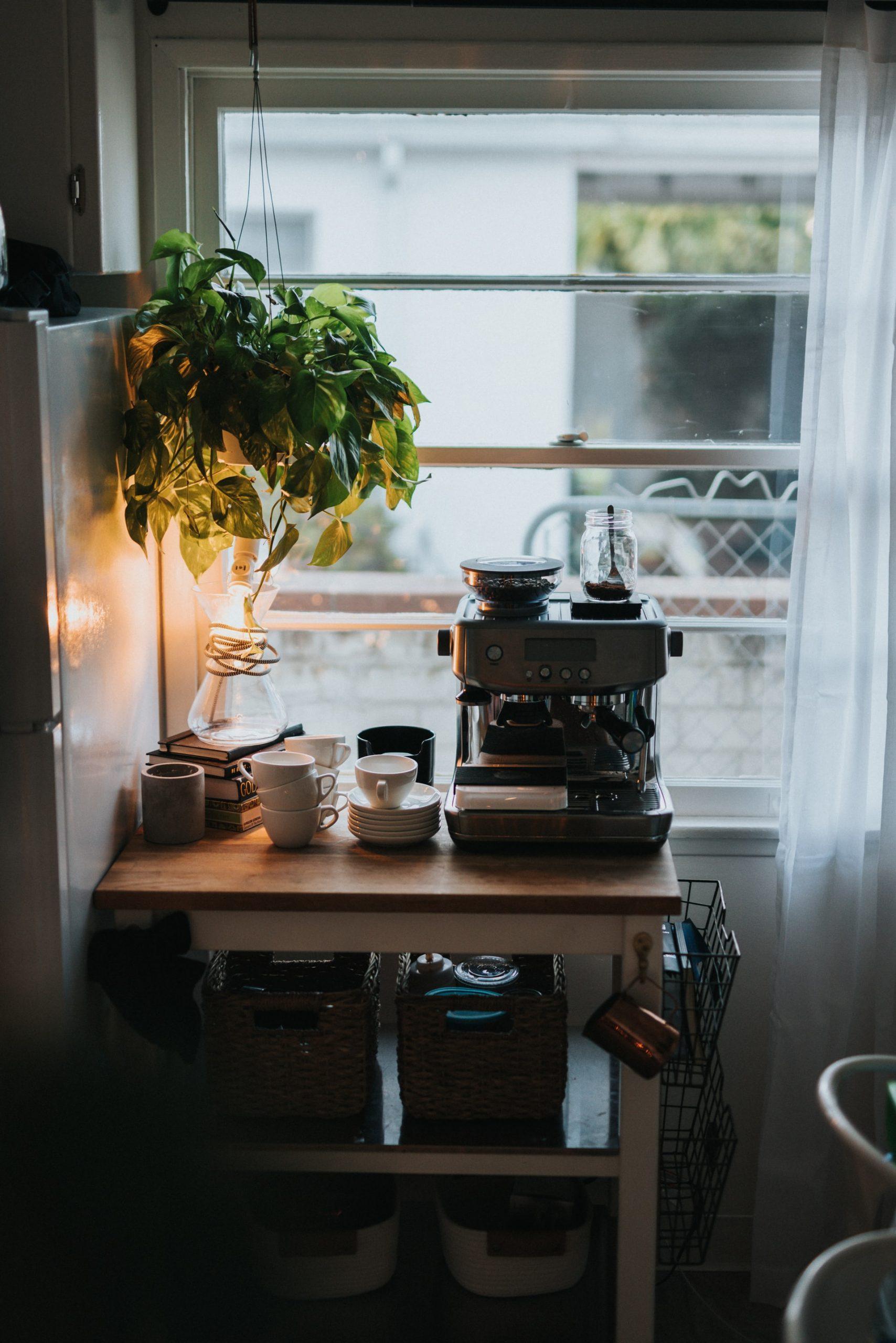 Forny din kaffe med en fuldautomatisk espressomaskine